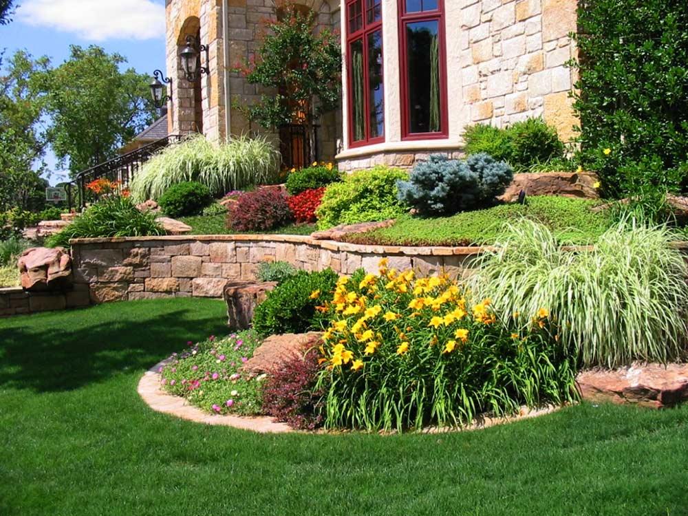 Superb landscape las vegas landscape maintenance for Landscape maintenance